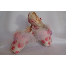"""chaussons de danse pointes décorés main SÈV """"ANGELA"""" sur Russian Pointe Encore"""