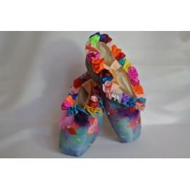"""chaussons de danse pointes décorés main SÈV """"FLEUR D'Ô"""" sur Merlet Mira"""