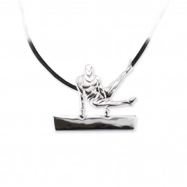 pendentif gymnaste homme MIKELART CHEVAL CISAILLEMENT FRONTAL