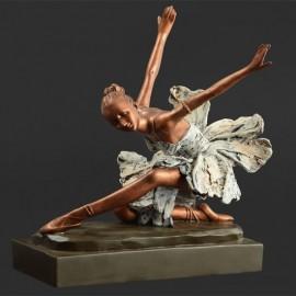 Statuette Résine Danseuse agenouillée DASHA DESIGNS